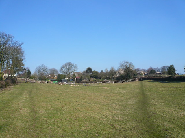 Shirland - Footpath crossing field after leaving Golf Course