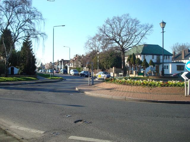Chislehurst Road Roundabout looking towards Petts Wood Road