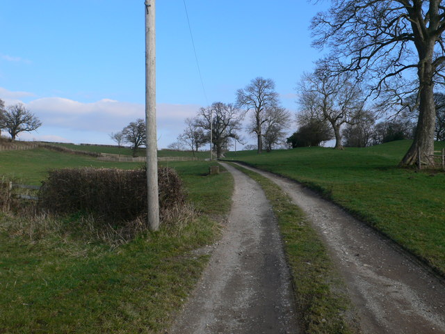 Driveway to Dyke Farm