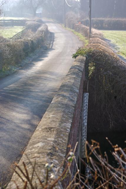 Lane to Church Lawford