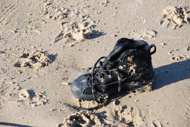 Esgid - Shoe