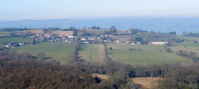 Bentlawnt from across the Hope Valley