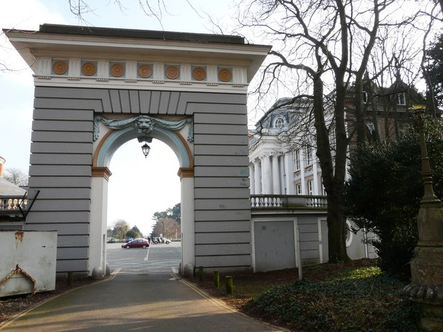 Oldway mansion, Paignton, Entrance Portico from Oldway Road