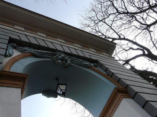 Oldway mansion, Paignton. Entrance Arch