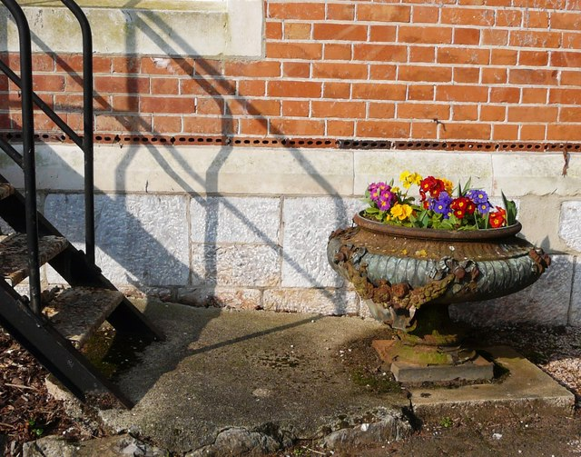 Ancient iron planter, Oldway mansion, Paignton