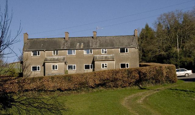 Farm cottages, Combe