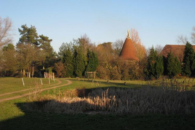Haynes Farm Oast, Appledore Road, Tenterden, Kent