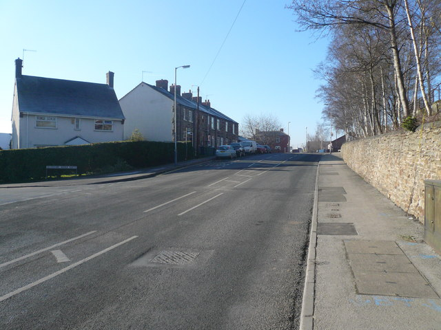 Whittington Road - View from junction with Devonshire Avenue North
