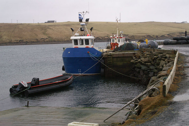 Pier on Basta Voe