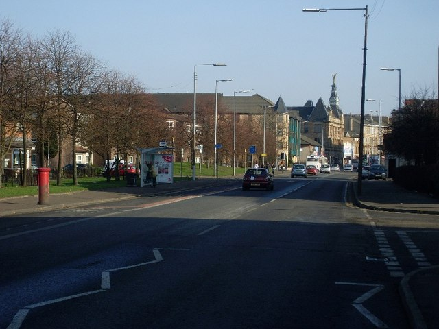 Looking east on Paisley Road West