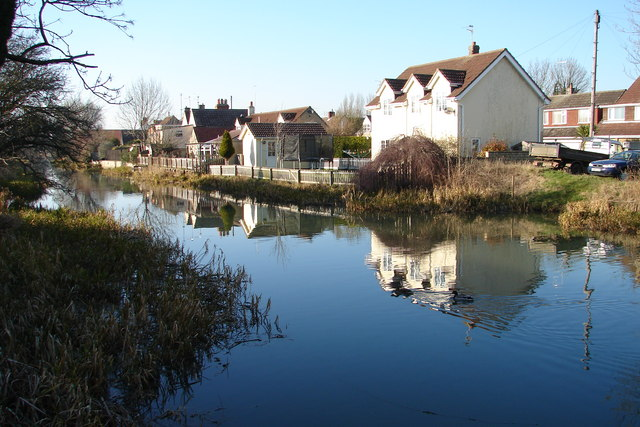 Houses on the River Welland