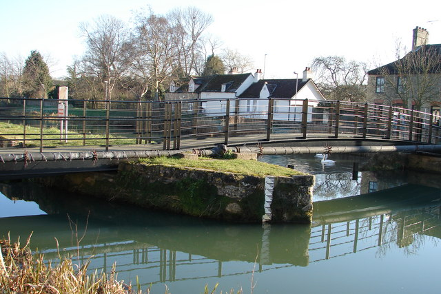 Footbridge at the High Locks