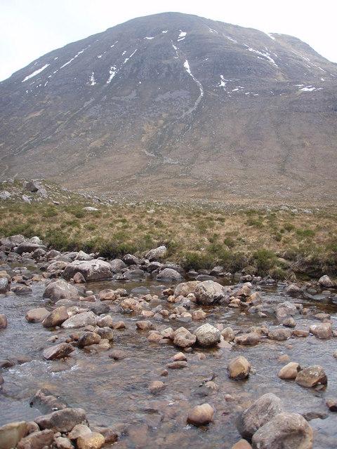 Across Srath Lungard to Beinn an Eòin