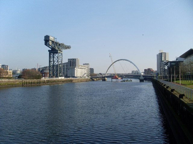 Eastbound view down the River Clyde