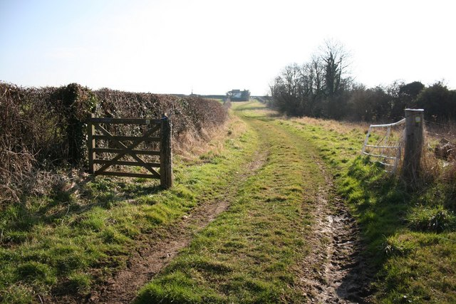Uphill to High Toynton