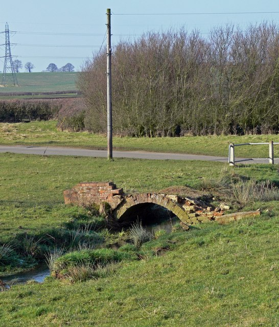 Old bridge near Marefield, Leicestershire