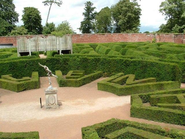 Maze, Blenheim Park