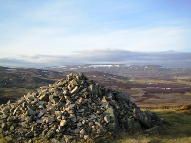 View northwest from the highest point on the Crathie - Gairnshiel road