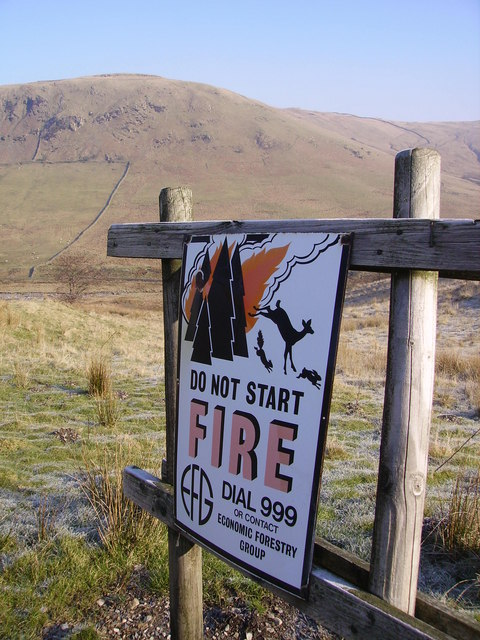 Sign, Ashstead Fell