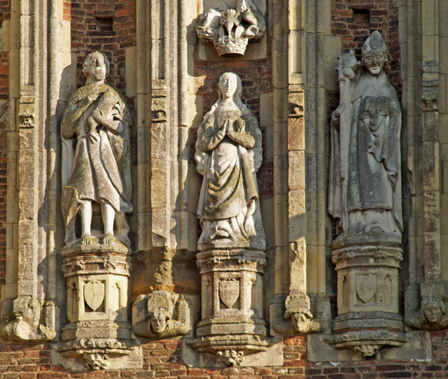 Thornton Abbey - Gatehouse Statues