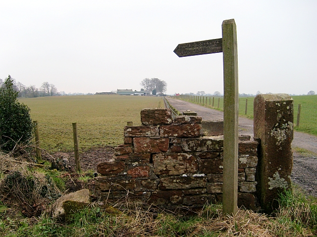 Signpost at entrance to Woodhead Farm