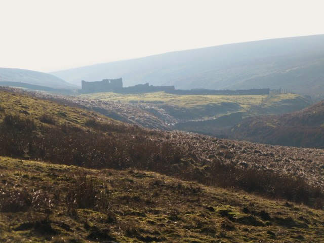 The valley of Quickcleugh Burn and the ruined cottage at Western Meadows