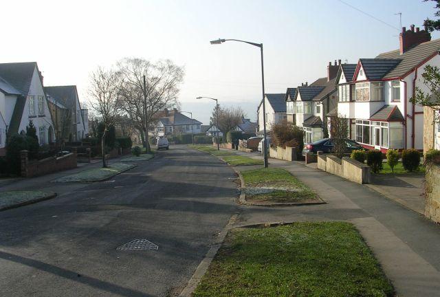 Victoria Drive - New Road Side