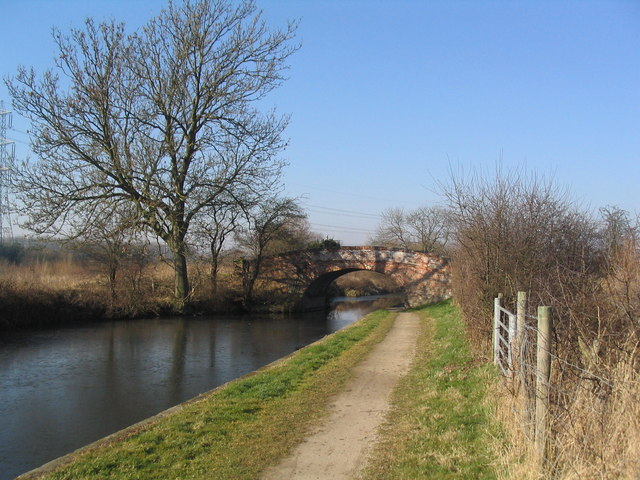 Top Bridge, Grand Union Canal
