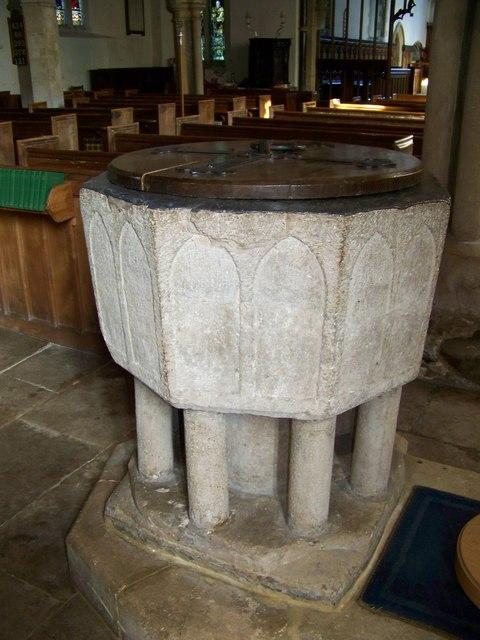 Font, St Mary and St Bartholomew, Cranborne