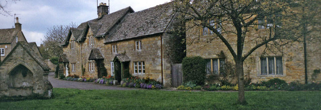 Cottages in Lower Slaughter, Gloucestershire