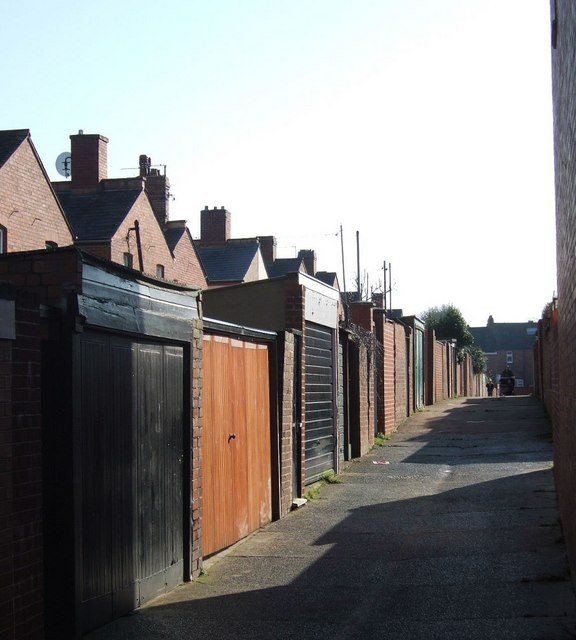 Back alley, Ladysmith Road, Exeter