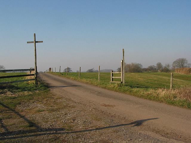 Footpath through Donnington