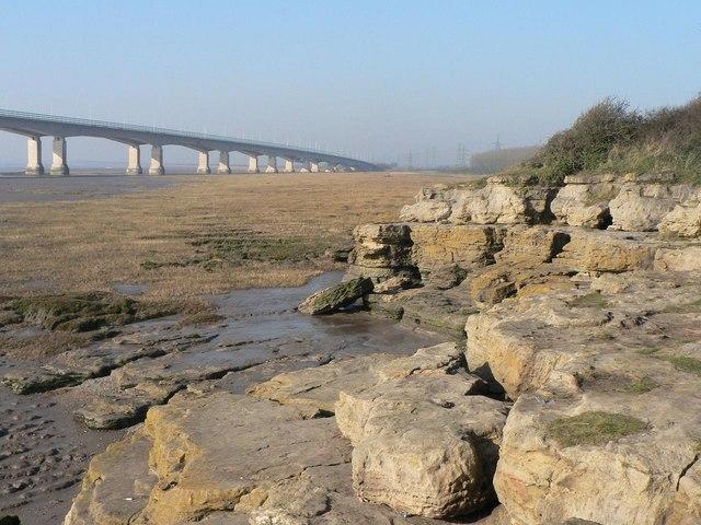 Sudbrook: rocky Severn foreshore