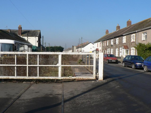 Sudbrook: level crossing and Church Road