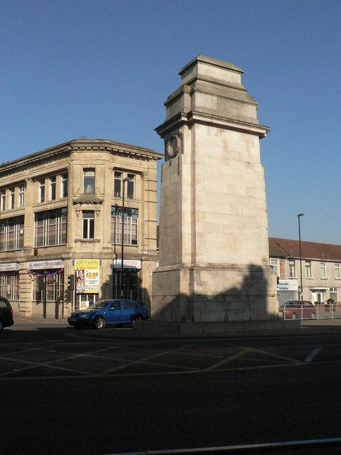 Newport: cenotaph