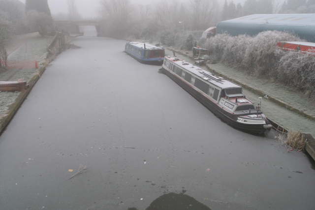 The Erewash Canal is frozen