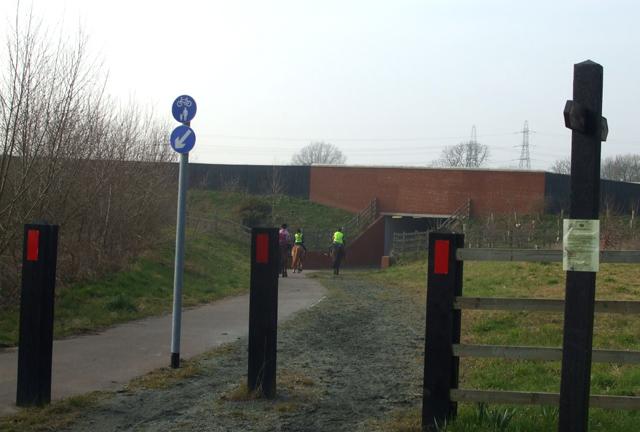 Bridleway under A130
