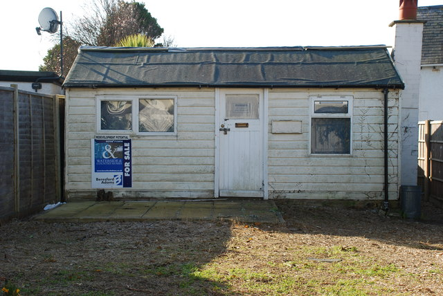Sied Ddrud Abersoch An Expensive Shed