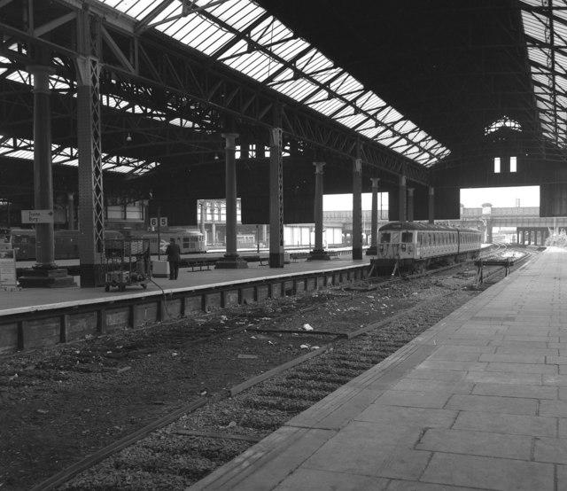 Platform 5, Manchester Victoria