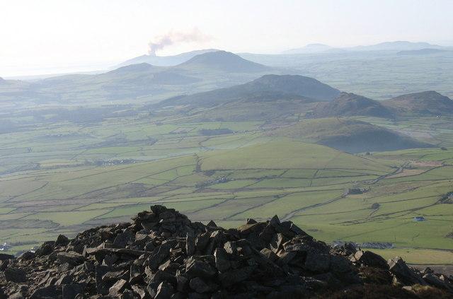 The summit cairn of Yr Eifl