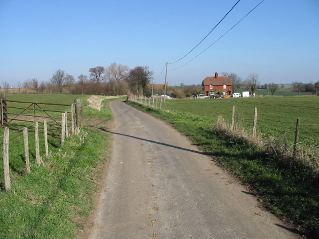 View along road towards Lower Rowling Farm Cottages