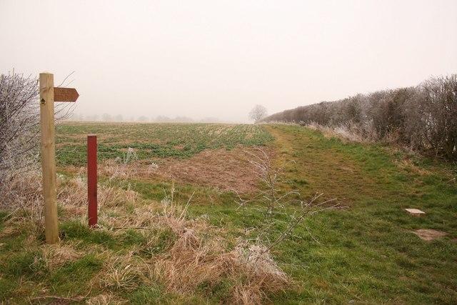 Bridleway to Hawerby Park
