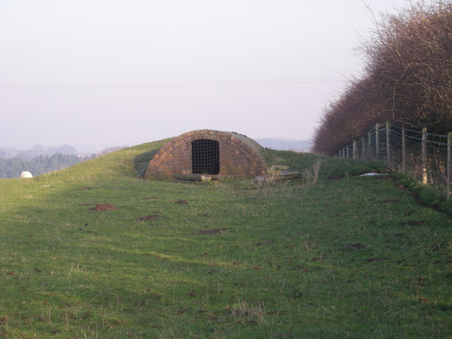 Sheep shed in field overlooking Grindleforge