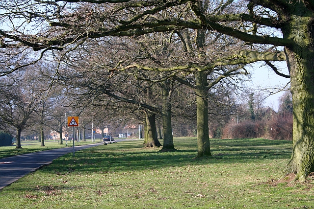 Madresfield Road, Sherrards Green