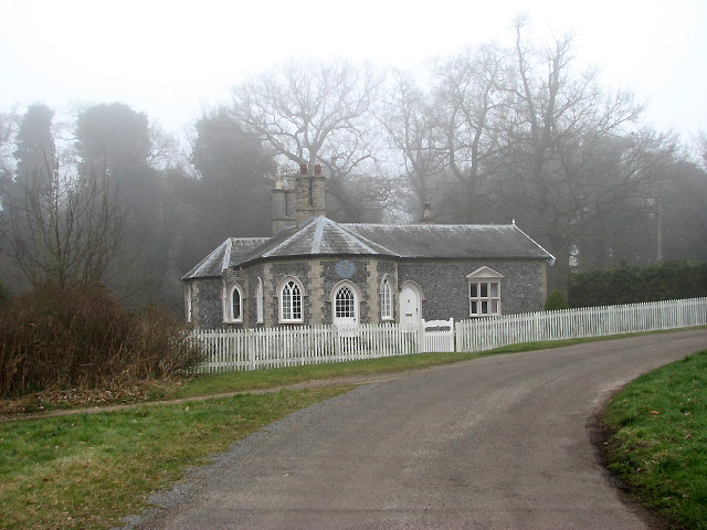 Gatehouse at entrance to Merton Hall