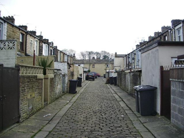 Back street off Maud Street, Barrowford