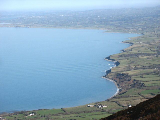 Oblique waves in Trefor Bay