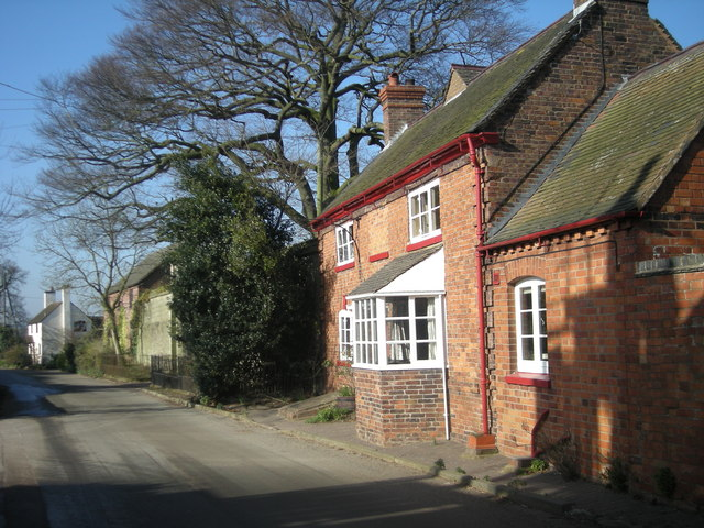 Cottages opposite the Red Lion