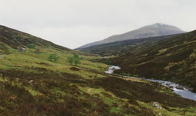 The Abhainn Srath Chrombuill near Leckie
