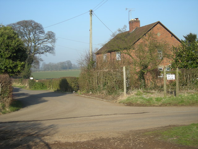 Private Road to Walton Grange